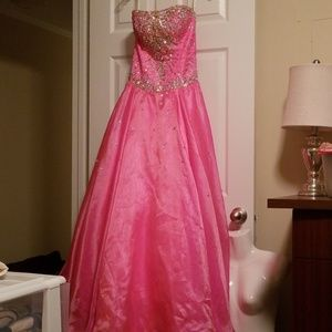 Beautiful Mary's Strapless Laceup Back Formal sz 6